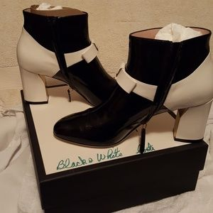 479515005 Gucci Shoes | Ladies Ankle Boots Brand New Never Worn Bran | Poshmark